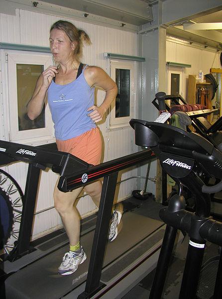 446px-Treadmill NSF Kristan Hutchinson